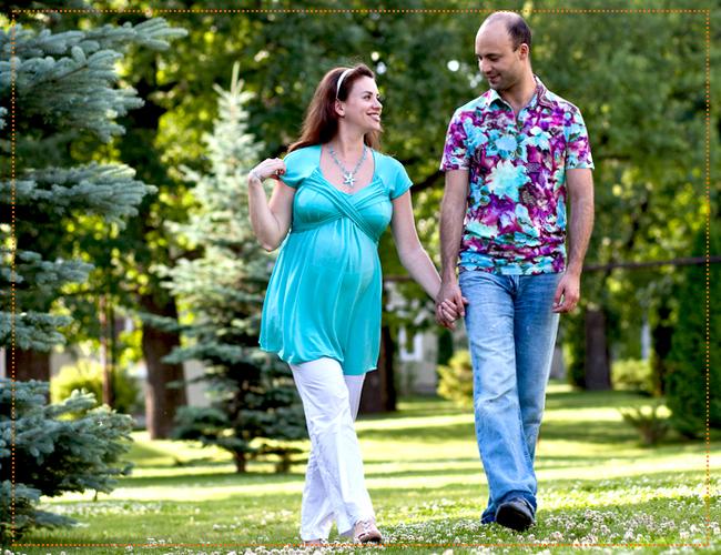 Прогулка беременных на свежем воздухе