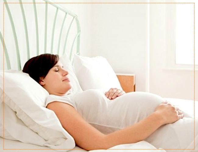 как лучше спать беременным